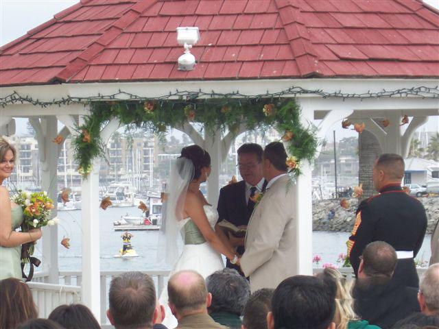 Oceanside-Marina-Suites-wedding-ceremony