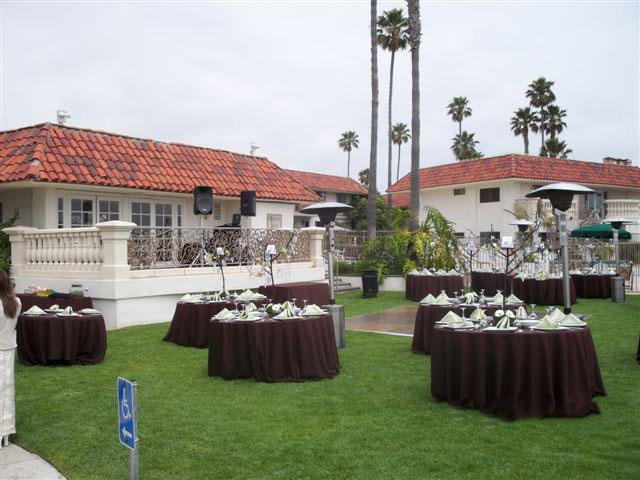 Oceanside-Marina-Suites-wedding-reception-dj-set-up