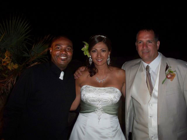Wedding-DJ-Tony-Slater-bride-and-groom