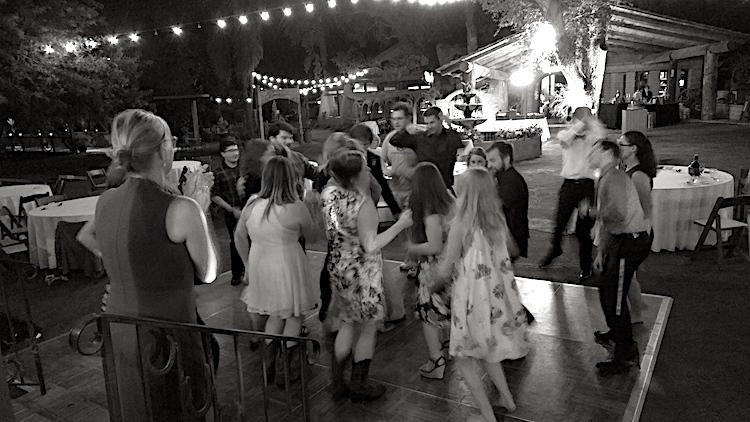 wedding-dancers